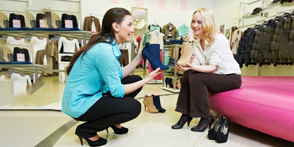 Непрофессиональные советы продавцов обуви могут привести к травмированию