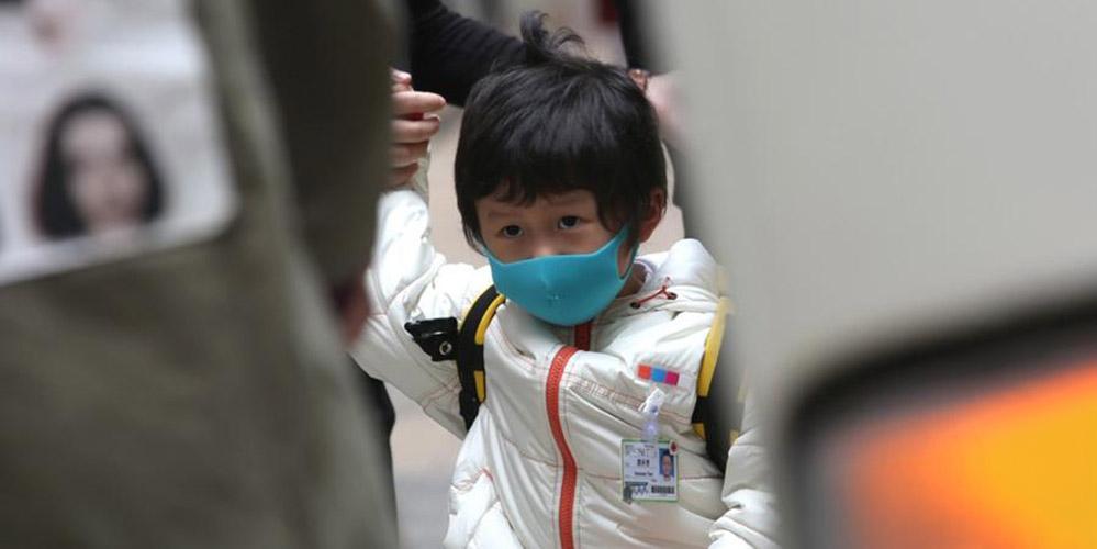 Не коронавирусом единым: в Гонконге мальчик подцепил редкий птичий грипп