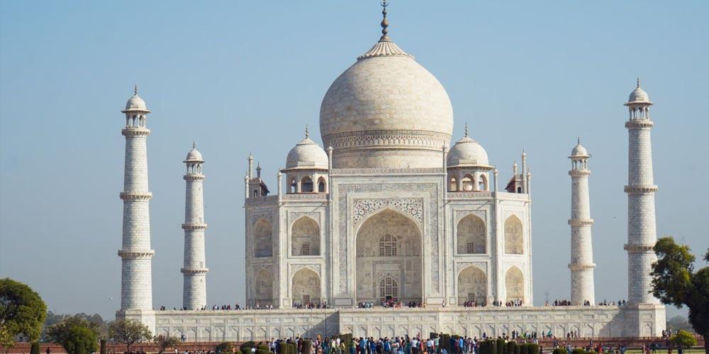 Индия ушла на трехнедельный карантин