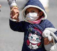 Маленькому ребенку маска может принести больше вреда, чем пользы