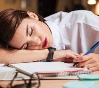 Психологи объясняют повышенную усталость во время локдауна