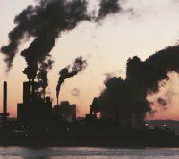 Выводы ученых: загрязненность воздуха увеличивает смертность от коронавируса