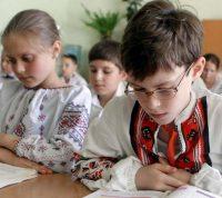 Учебные заведения в Украине откроют только 1 сентября