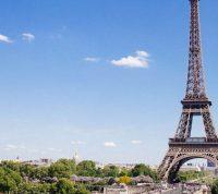 Во Франции снова можно будет посещать Лувр и Эйфелеву башню