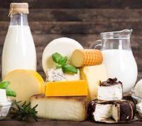 Молочные продукты не приносят пользы женщинам старшего возраста