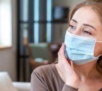 Люди без симптомов коронавируса стали причиной заражения около половины больных