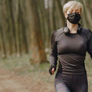 Интенсивные упражнения в маске могут быть опасны для здоровья