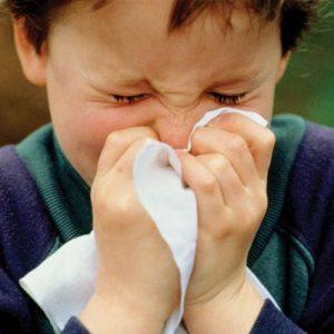 Лікар розповіла, як визначити у дитини перші ознаки вірусних інфекцій дихальних шляхів