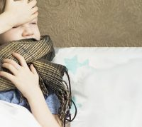 """Почему нужно лечить""""безобидные"""" ОРВИ у детей, рассказала врач"""
