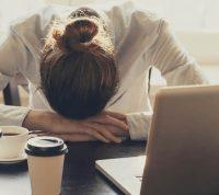 Исследование показало: офисным работникам нужно брать отпуск раз в 6 недель