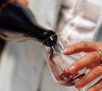 В малых дозах алкоголь улучшает когнитивное здоровье пожилых людей