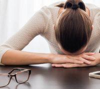 Переболевшие COVID-19 пациенты страдают от пост-вирусной усталости