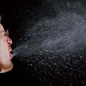 239 ученых из 32 стран призвали ВОЗ признать, что коронавирус опасен не только при чихании или кашле