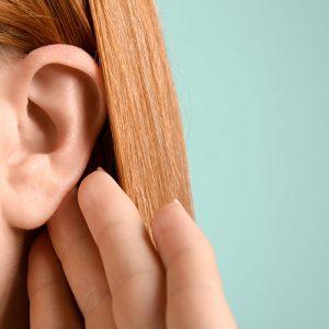 Пациенты, переболевшие COVID-19, сообщают об нарушении слуха