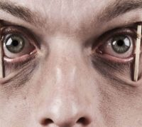 Пытка сном на допросе не поможет получить 100% информации