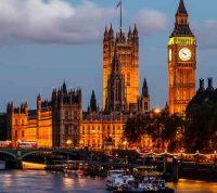 Англия вводит новые ограничения в связи с коронавирусом