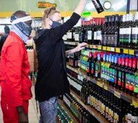 В ЮАР объяснили, чем помог запрет на продажу алкоголя во время пандемии