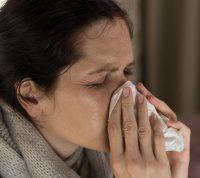 Почему простуда и грипп активизируются зимой