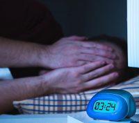 Пандемия коронавируса влияет на сон: людям стали чаще снится кошмары