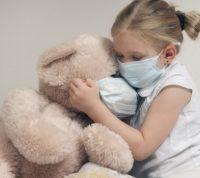 Американский производитель лекарств начнет тестирование вакцины от Covid-19 на детях