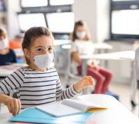 Школа и пандемия: будет обучение очным или дистанционным