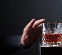 Ученые обнаружили не только увеличение употребления алкоголя во время пандемии, но и склонность к запоям