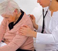 Респіраторно-синцитіальна інфекція в осіб літнього віку: чому «дитяча інфекція» небезпечна?