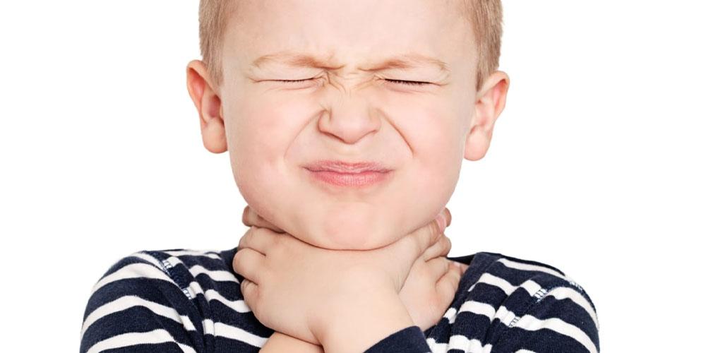 Трахеит при простуде у ребенка: как не позволить вирусу спуститься в легкие?