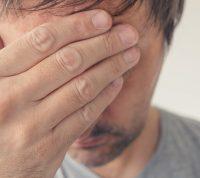 Миалгию и головную боль назвали одними из самых распространенных симптомов коронавируса