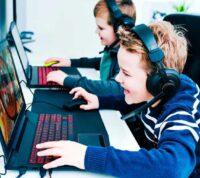 Мальчики, которые играют в видео-игры, имеют меньший риск депрессии