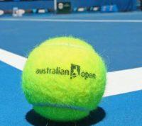 Работник отеля с Covid-19 отправил более 500 участников чемпионата Австралии по теннису на карантин