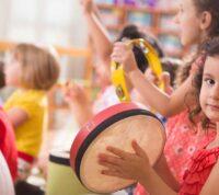 Ученые рассказали о пользе музыкотерапии для детей с аутизмом