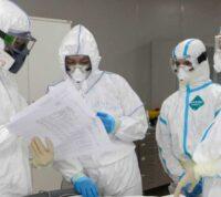 Американские исследователи отследили показатели заражения COVID-19 среди медицинских работников, вакцинированных от коронавируса
