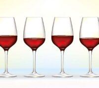 Согласно новому исследованию, употребление шести бокалов вина в неделю полезно для глаз
