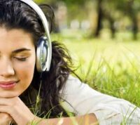 Оказывается, мозг реагирует на музыку, как на наркотики или вкусную еду