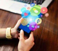Британские ученые заявляют, что соцсети и смартфоны не вызывают психических проблем у подростков