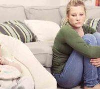 COVID-19 усугубил ситуацию с послеродовой депрессией у молодых мам