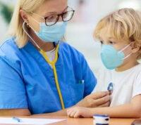 COVID-19 діти переносять легше, ніж грип