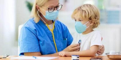 COVID-19 дети переносят легче, чем грипп