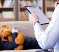 Послеродовые посещения психологов выросли на 30% во время пандемии COVID-19