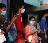 В Индии людям ввели несколько тысяч поддельных вакцин