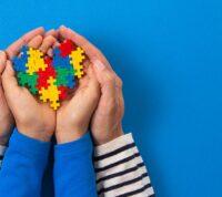 Ученые утверждают, что причина аутизма кроется в генетике и плохой экологии