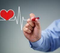 Стабильные доходы в среднем возрасте связывают со здоровым сердцем в старости