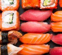 Эксперты назвали самые безопасные суши