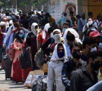 Во время первой волны COVID-19 в Индии выросли продажи антибиотиков