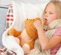 Дитина застудилася напередодні відпустки: що варто зробити