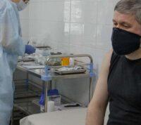 Предварительное исследование: прививка от гриппа может предотвратить тяжелую форму COVID