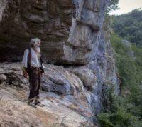 Сербский отшельник вышел из пещеры, чтобы вакцинироваться