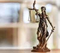 Точка в конфликте между АМКУ и «Экофармом»: Верховный Суд стал на сторону производителя «Протефлазида»