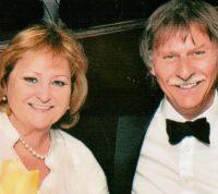 Прожили вместе 50 лет и скончались в один день от коронавируса: жена отказалась продолжить лечение без мужа